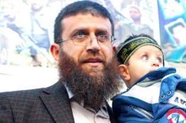 الأسير خضر عدنان يواصل إضرابه لليوم الـ 24