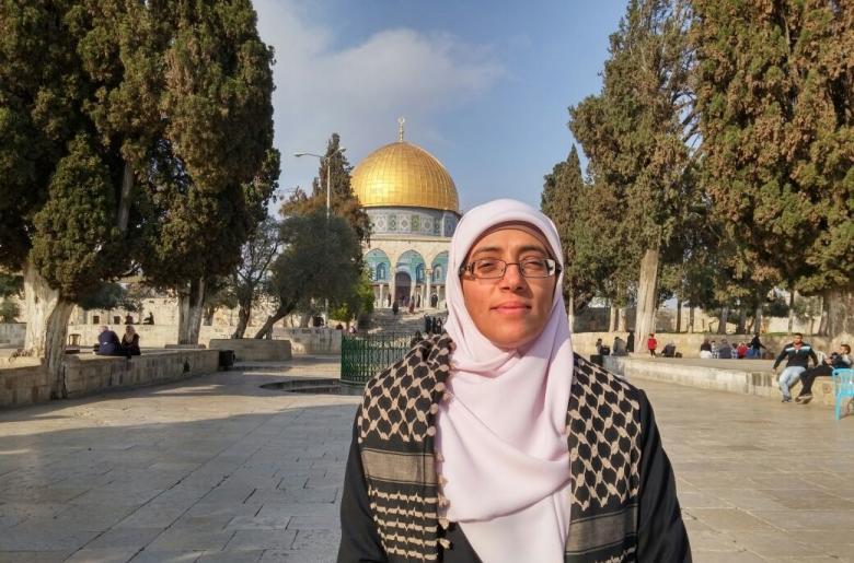 الاحتلال يمدد اعتقال المعلمة المقدسية خديجة خويص