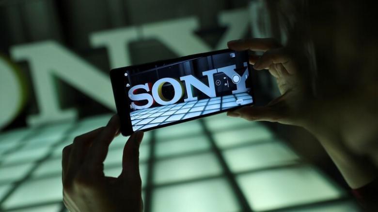 سوني تتحدى سامسونغ وآبل بأقوى هواتف Xperia