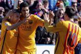 برشلونة ينفرد بالصدارة في مئوية سعيدة لإنريكي