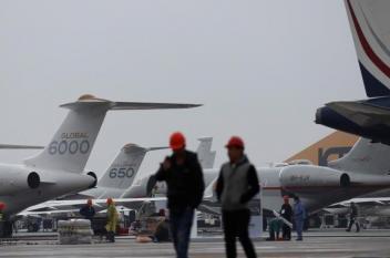 """طيران صيني يسيّر رحلة بوقود """"زيت الطعام"""""""