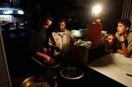 """السلطة لـ""""إسرائيل"""": ادفعوا أنتم كهرباء غزة إن كنتم قلقين"""