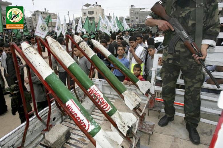 18 عاماً على إطلاق أول صاروخ لكتائب القسام