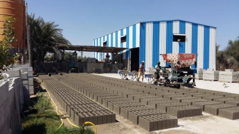 الأشغال تُجري جولات رقابية على مصانع الخرسانة والبلوك بغزة