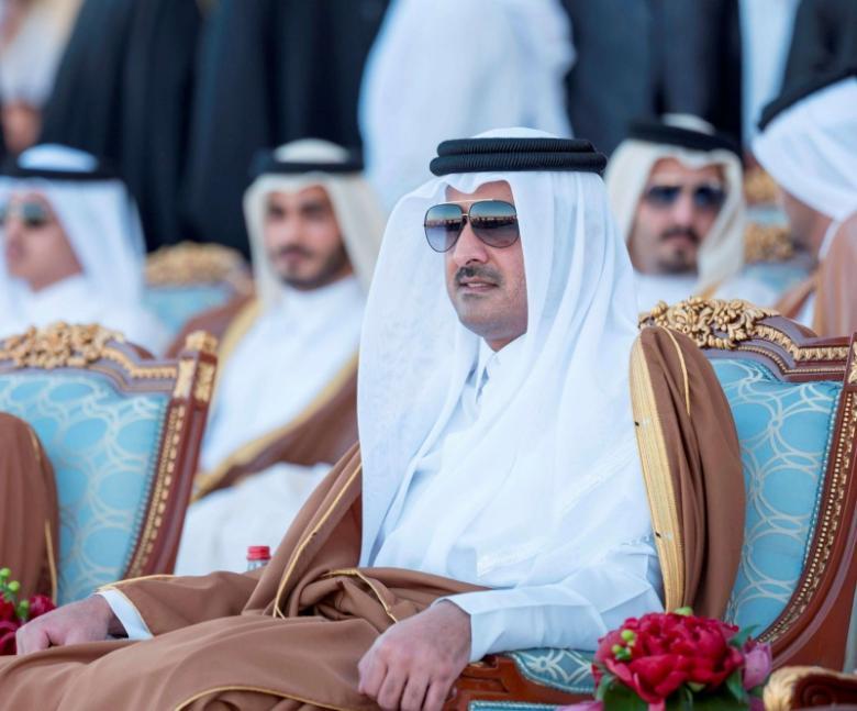 أمير قطر يصدر 9 قرارات عاجلة