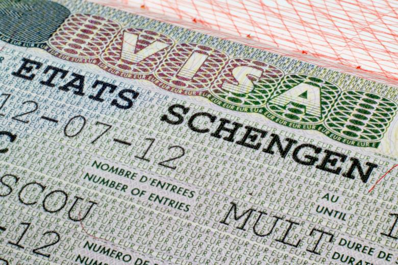 """تعرف على الضوابط الجديدة لمنح تأشيرة """"شينغن"""""""