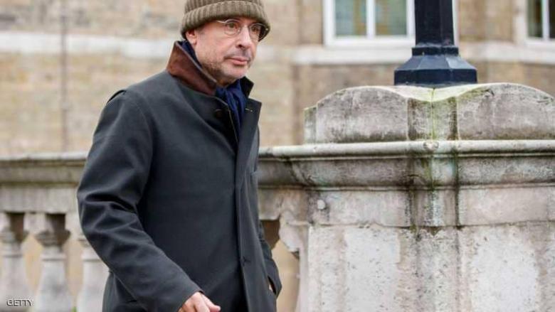 وسيط القذافي وساركوزي في مخفر شرطة لندن