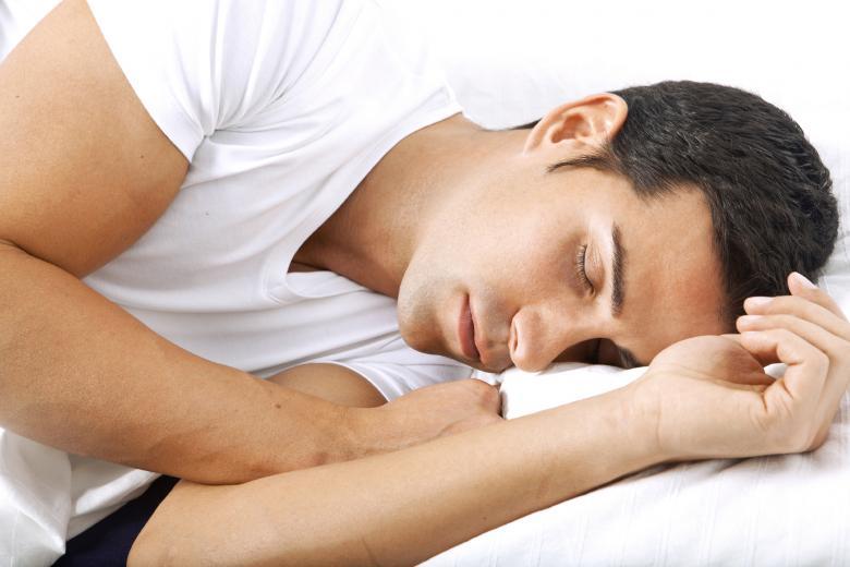 ساعات النوم قد تهددك بالموت المبكر!