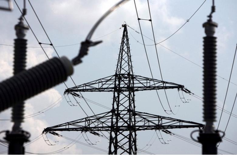 الاحتلال يعتزم قطع التيار عن أكبر مزود فلسطيني للطاقة