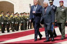 عباس: مشكلتنا مع الاحتلال والاستيطان وعدم الاعتراف بفلسطين