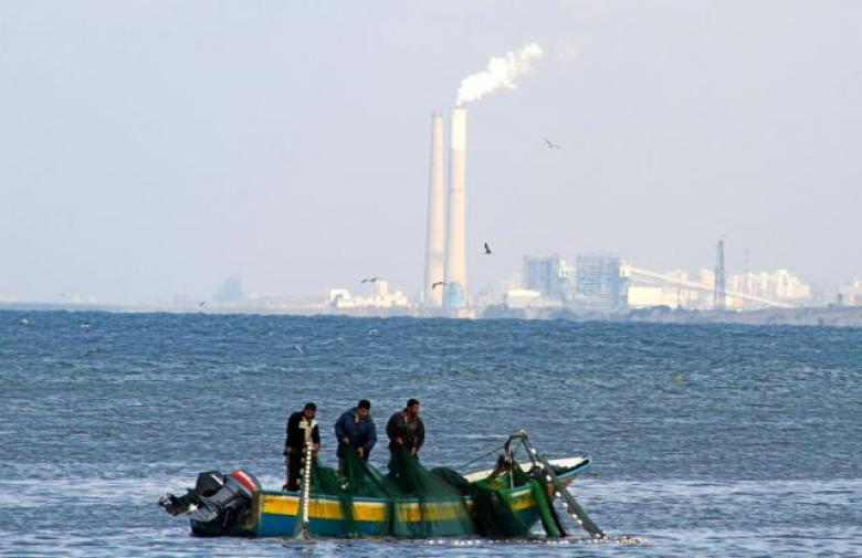 نقابة الصيادين تدعو لعدم رمي الشباك في بحر غزة غدًا