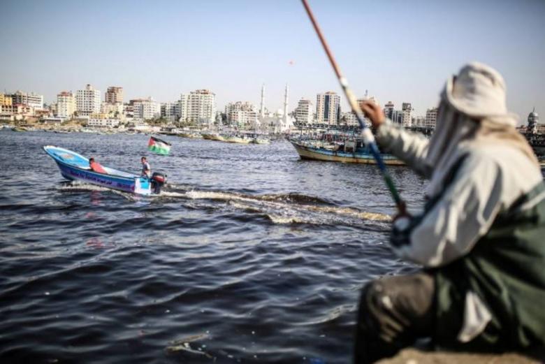 الاحتلال يقرر توسيع مساحة الصيد غدًا الثلاثاء