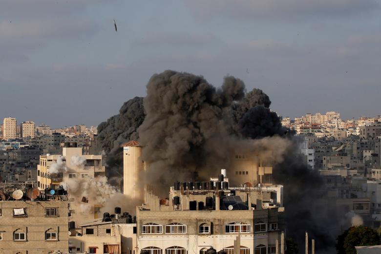 """كاتب إسرائيلي: """"إسرائيل"""" لن تهاجم غزة حتى لو أطلقت الصواريخ"""