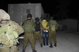 الاحتلال يعتقل ثلاثة شبان من جنين