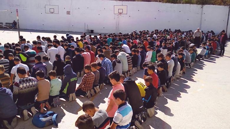 جدل بالجزائر إثر تصريحات وزيرة التربية حول الصلاة بالمدارس