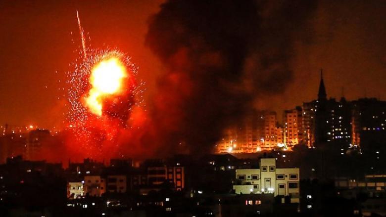 قصف إسرائيلي يستهدف عدة أهداف بقطاع غزة