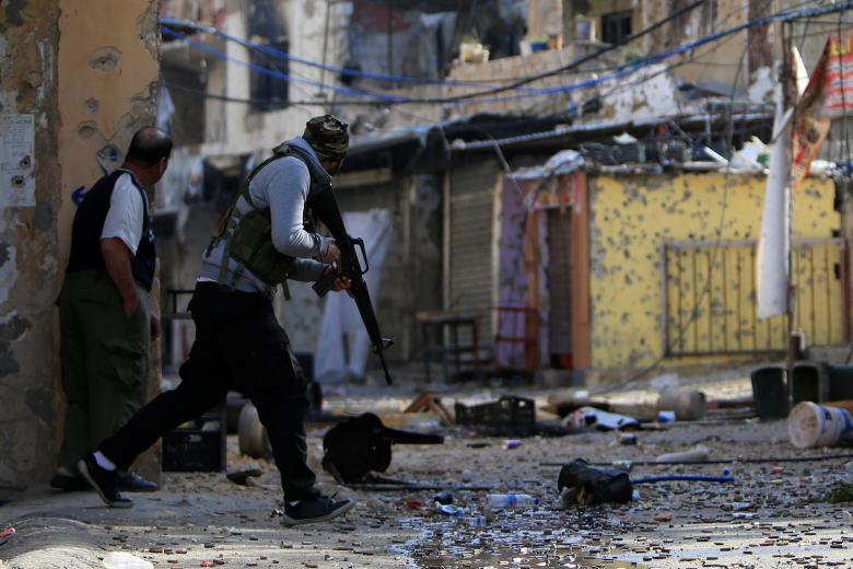 """حماس تدين إطلاق النار على المتظاهرين بـ""""عين الحلوة"""""""