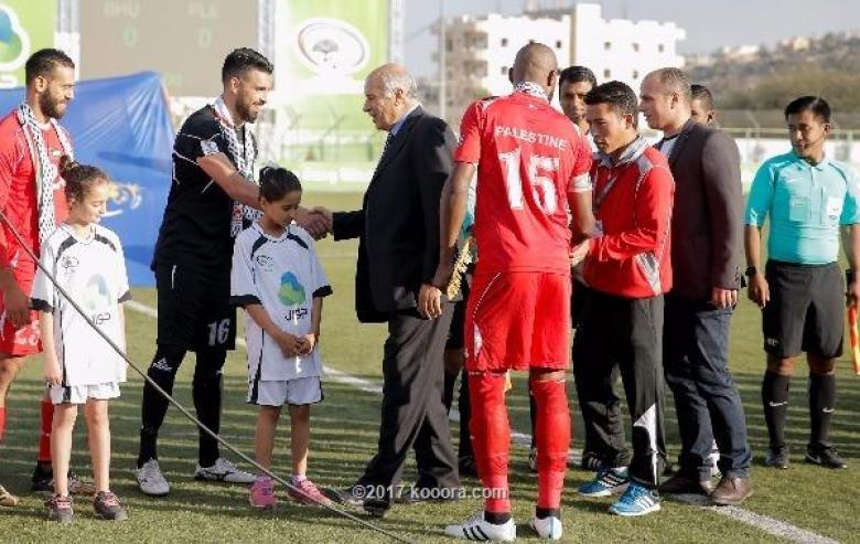 الرجوب يطالب باستمرار دعم المنتخب الفلسطيني