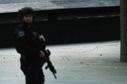 """""""الرجل العنكبوت"""" بديلا للمسدسات بأيدي الشرطة الأميركية"""