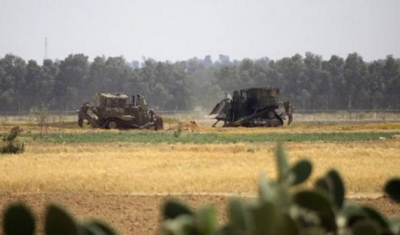 توغل عدد من آليات الاحتلال شمال وجنوب القطاع