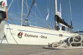 """سفينة """"زيتونة"""" بخير وتواصل الإبحار تجاه غزة"""