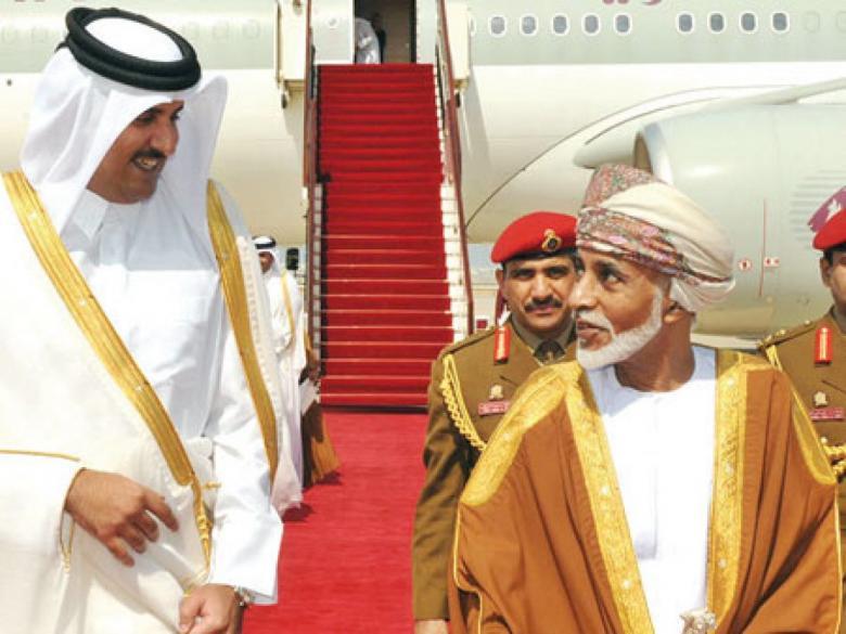 أمير قطر يتوجه إلى عمان للتعزية بوفاة السلطان قابوس