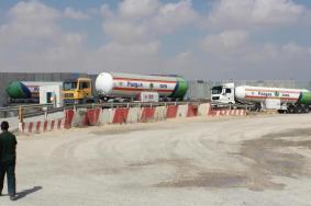 قرار إسرائيلي بتقليص كمية الوقود المسموح بها لغزة
