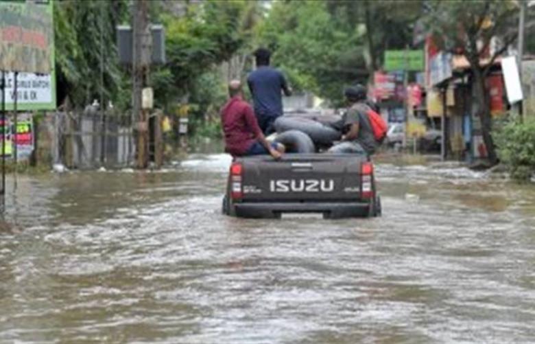 عشرات القتلى بفيضانات جنوب الهند