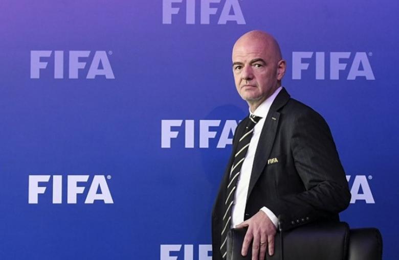 """الـ""""فيفا"""" يوصي برفع عدد منتخبات كأس العالم في قطر"""