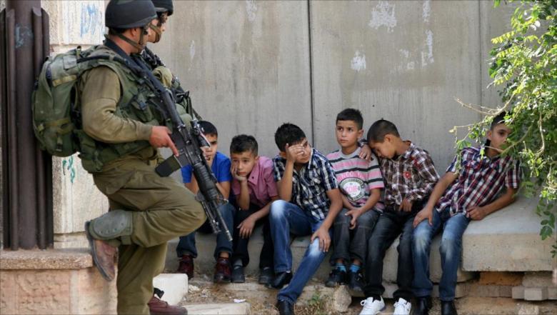 الاحتلال يحتجز 4 أطفال ويعتقل أحدهم في القدس
