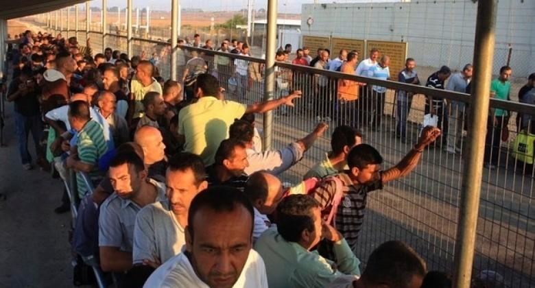 """تصاعد الخلافات بين """"الشاباك"""" وقوات الاحتلال بشأن عمال غزة"""