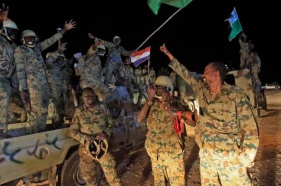 """عدد القوات السودانية العاملة في اليمن """"تقلص من 15 ألفا إلى 5 آلاف"""""""