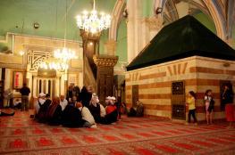 الاحتلال منع الآذان بالمسجد الإبراهيمي 44 مرة في يونيو