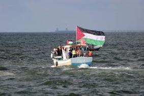 إصابات بقمع الاحتلال المسير البحري التاسع شمال القطاع