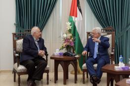 """هكذا رد عباس على """"حماس"""" بحضور رئيس لجنة الانتخابات"""