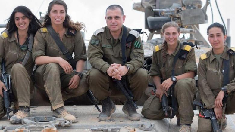 معاقبة مجنّدات إسرائيليات لاستغراقهن في النوم أثناء التدريب