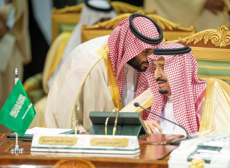 مجتهد يكشف تفاصيل خطة لتنصيب محمد بن سلمان ملكاً وعزل والده