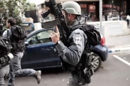 """الاحتلال يرفع حالة التأهب في """"تل أبيب"""" لاشتباهه بسيارة"""