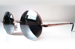 عليك الاختيار منها.. هذه أفضل نظارات الشمس الرجالي لإطلالة عصرية