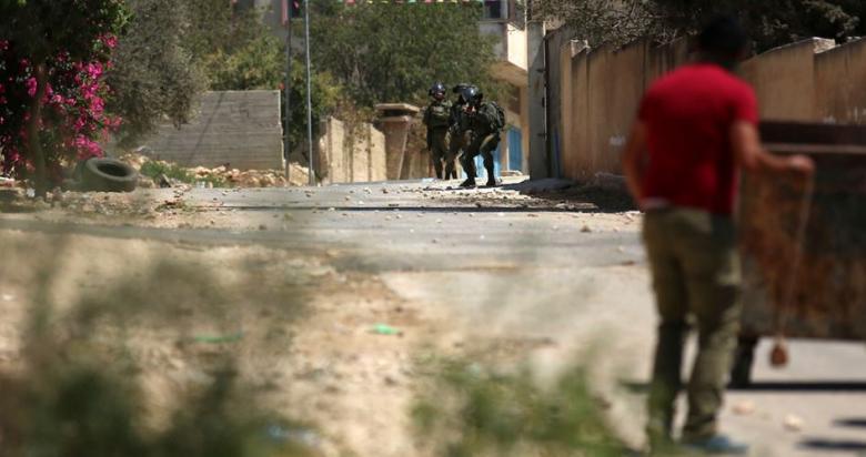 13 إصابة بمواجهات مع الاحتلال في كفر قدوم قرب قلقيلية