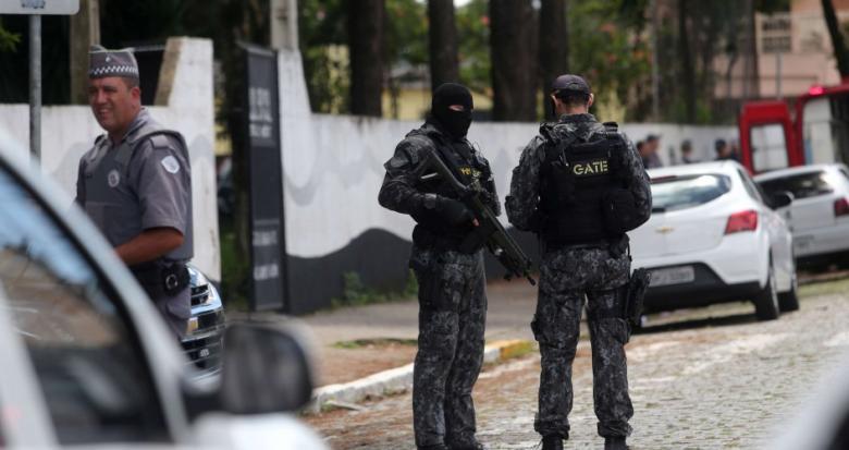 مقتل 9 وإصابة 17 في إطلاق نار بمدرسة في البرازيل
