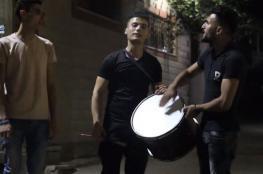 المسحراتي بغزة.. نكهة رمضانية بإيقاع مختلف