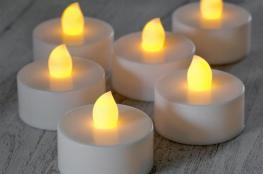 تحذير.. الشموع عديمة اللهب خطر على الأطفال
