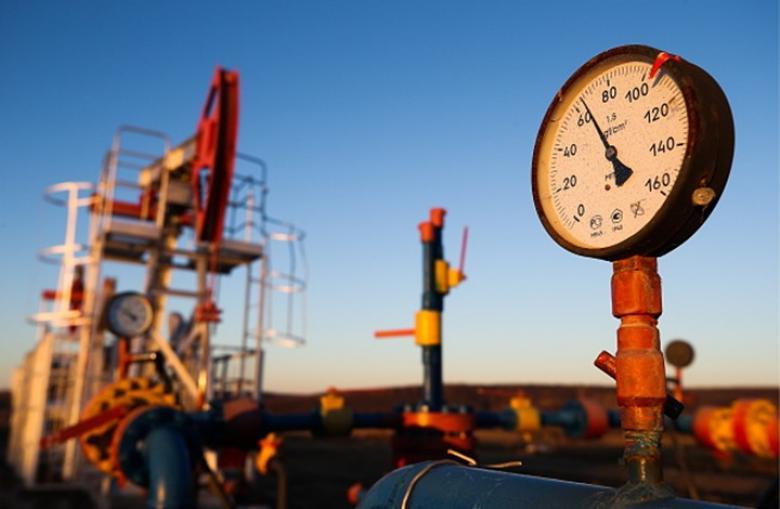 """روسيا تعلن تخفيض إنتاجها للنفط في إطار اتفاق """"أوبك"""""""