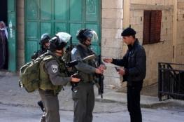 الاحتلال يسلم شابا من بيت فجار بلاغا لمراجعة مخابراته