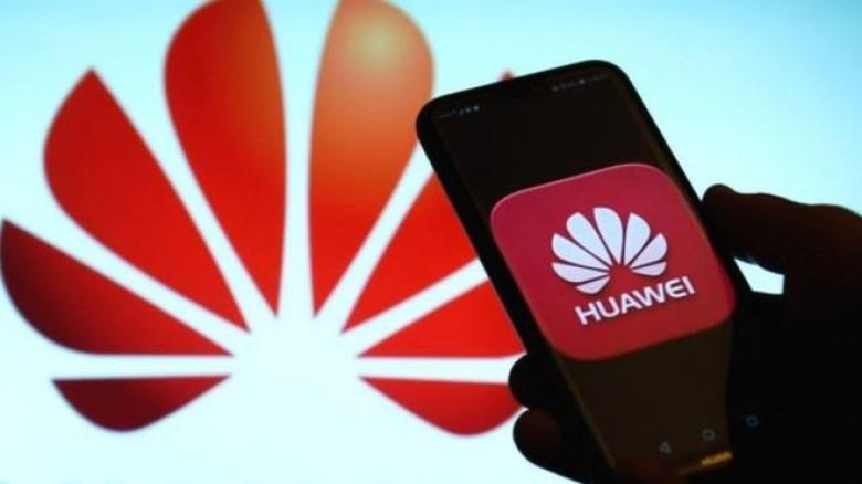 """""""العملاق الصيني"""" يتحدى العوائق.. ويطلق هواتف جديدة"""