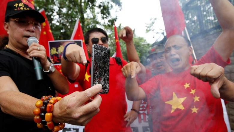 بعد مشكلة هواوي.. هواتف آيفون تحرج الصينيين