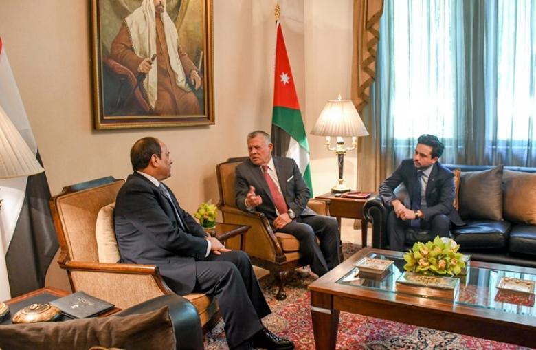 مستشرق إسرائيلي: لهذا سيحضر عبدالله والسيسي بقمة البحرين