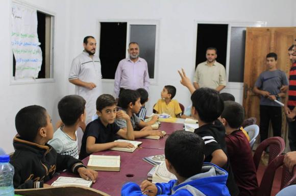حماس تتفقد مراكز تحفيظ القرآن بالوسطى