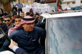 السفير العمادي يغادر قطاع غزة عبر حاجز بيت حانون